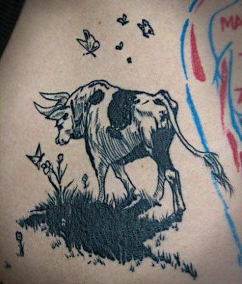 Фото тату быка на лопатке - 2