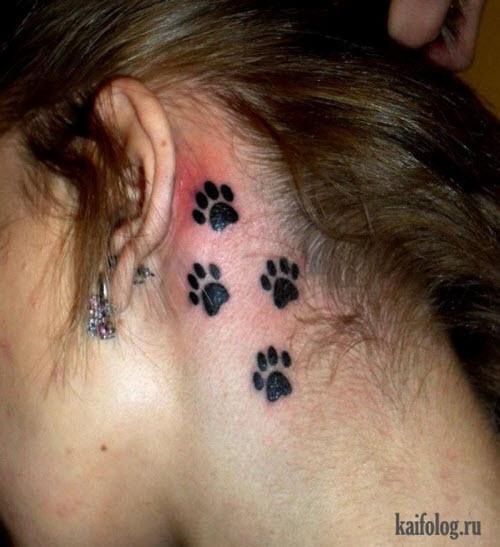 Фото тату кошачьи лапки на шее - 3
