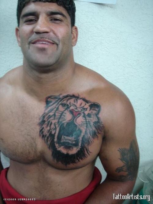 Фото тату льва на груди - 5