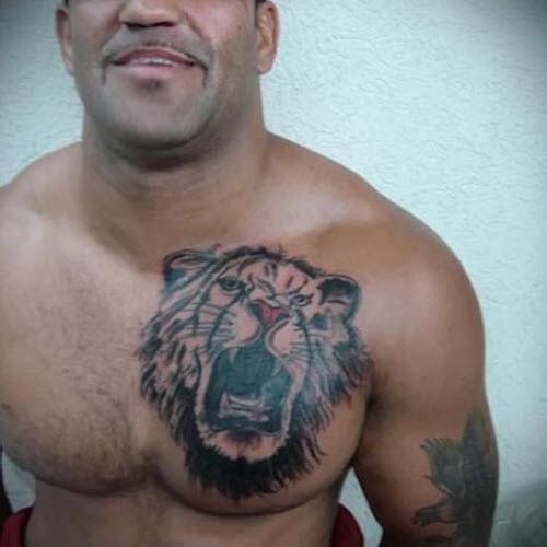 Фото тату льва на груди - 9