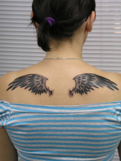 Фото тату маленьких крыльев на спине - 7