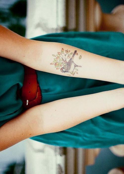 Фото тату на руке для девушки - 2