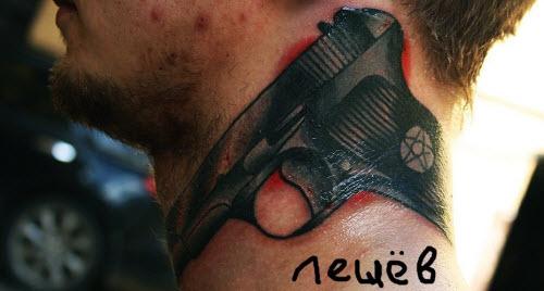 Фото тату на шее мужские пистолет - 9