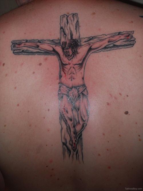 Фото тату распятие христа на спине - 8
