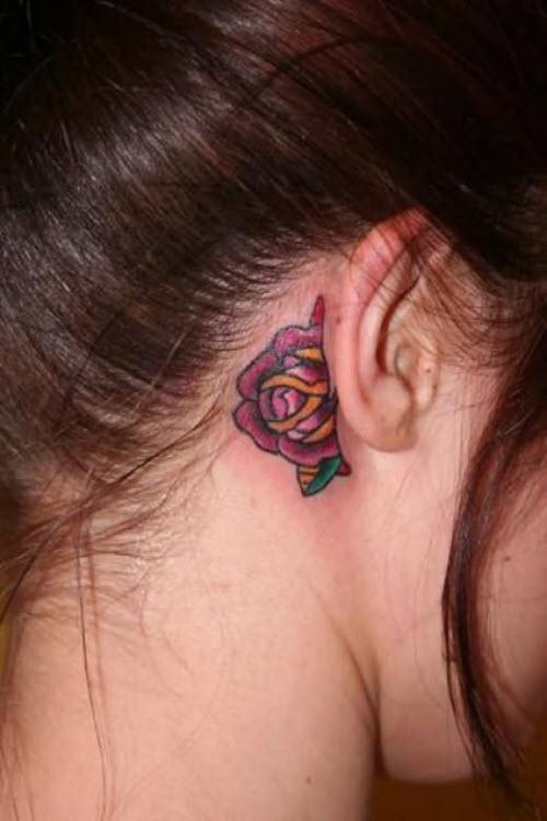 Фото тату роза за ухом - 9