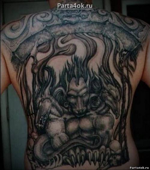 Фото тату у парней на спине - 8