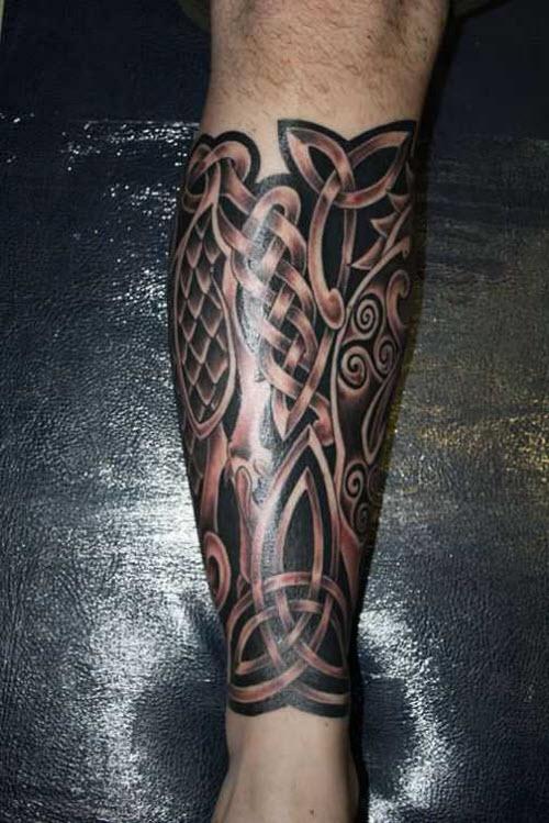 Кельтский узор тату на ноге фото - 2