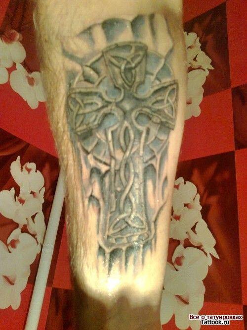 Кельтский узор тату на ноге фото - 7
