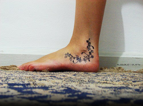 Красивые женские тату на ноге фото - 8