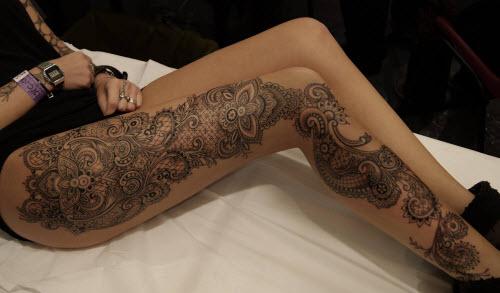 Красивые женские тату на ноге фото - 9