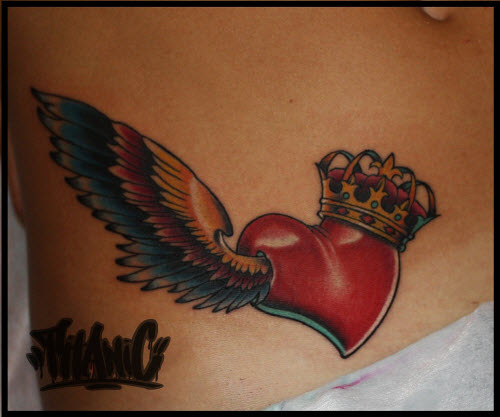 Крылья на животе тату фото - 9