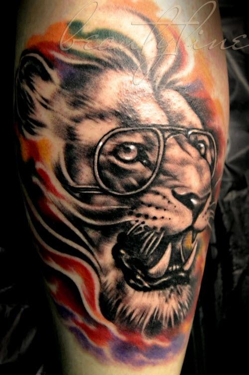 Лев в очках тату фото - 2