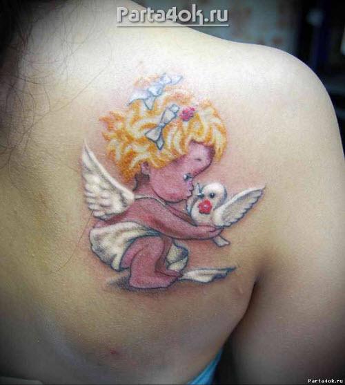 Маленькие женские тату на лопатке фото - 3