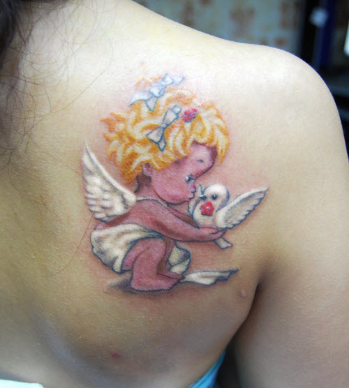 Маленькие женские тату на лопатке фото - 9
