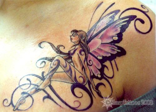 Маленькие тату на грудине фото женские - 1