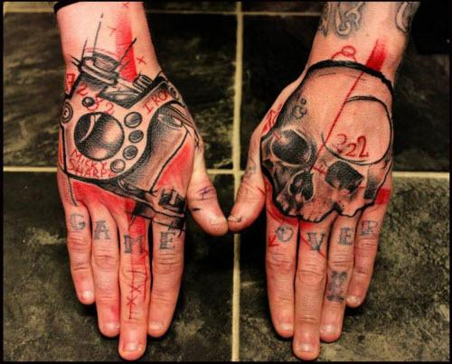 Мужское тату на кисти руки фото - 4