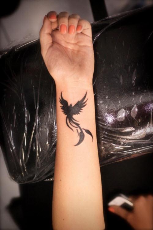 Переделанные тату на запястье фото - 8