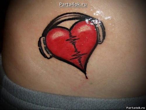 Сердце на животе фото тату - 9