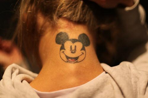 Смотреть фото тату на шее женские - 2