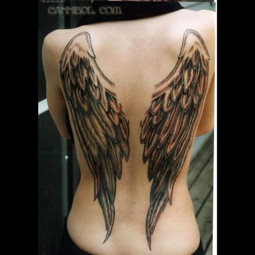 Тату ангел на спине девушки фото
