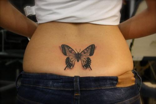 Тату бабочек на пояснице фото - 9