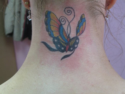 Тату бабочка на шее сзади фото - 3
