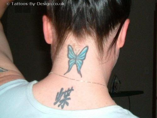 Тату бабочка на шее сзади фото - 4