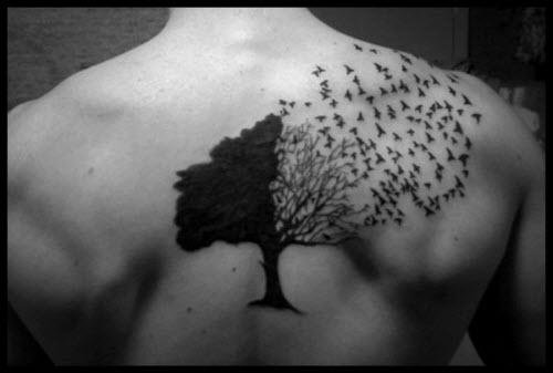 Тату дерево в треугольнике фото у женщин - 1