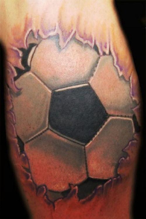 Тату футбольный мяч на ноге фото - 9