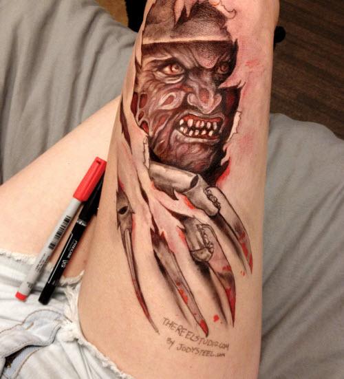 Тату гелевой ручкой на ноге фото