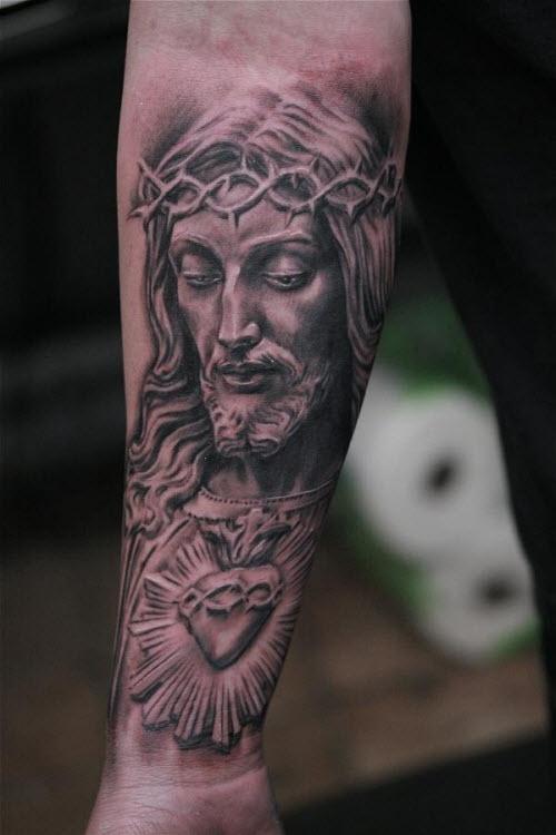Тату иисус на предплечье фото - 3