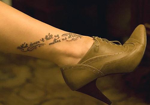 Тату надписи на лодыжке женские фото - 0