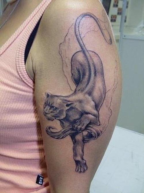 Тату надписи на плече женские фото - 1