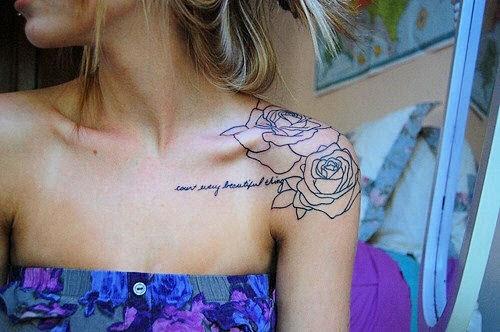 Тату надписи на плече женские фото - 7