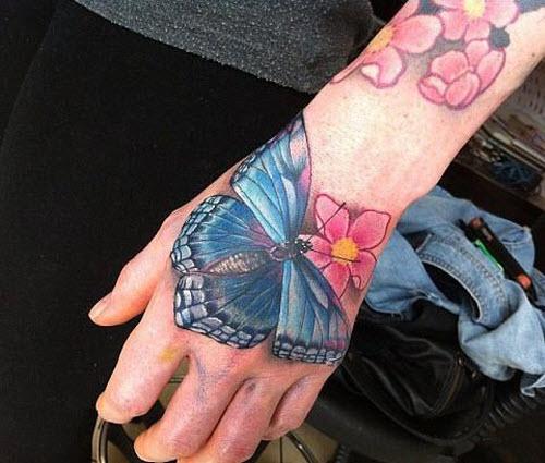 Тату с бабочками и цветами фото - 5