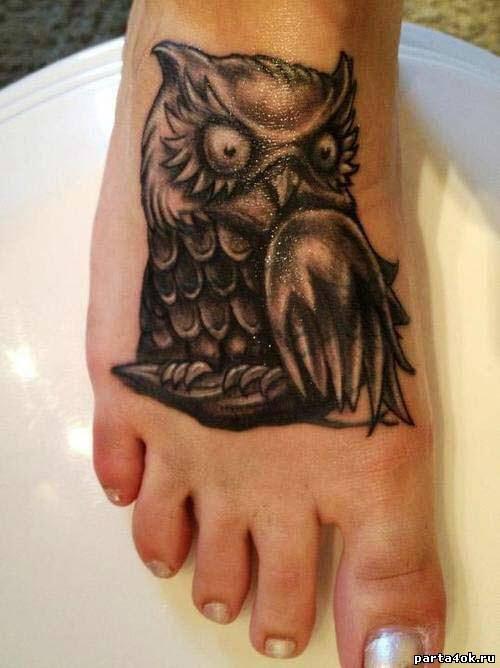 Тату сова на ноге девушке фото - 5
