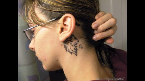 Тату за ухом фото знак зодиака - 4