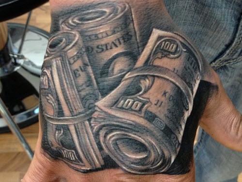 Знак доллара фото тату - 1